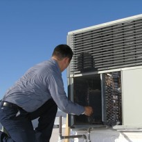 commercial-ac-repair-300×225 (2)